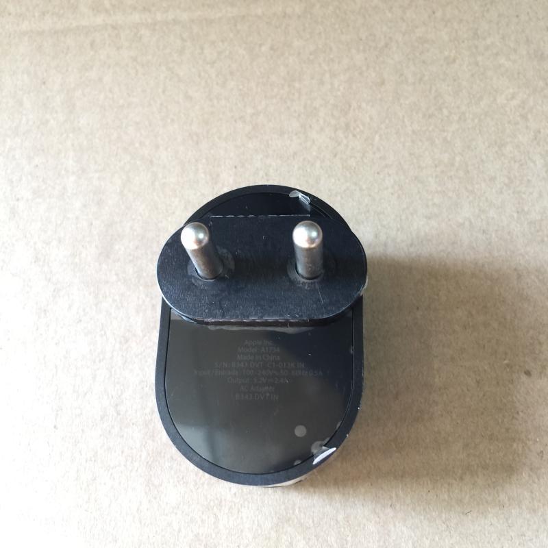 ADAPTER/APPLE/A1734--APPLE-5.2V-2.4A-USB_3.jpg